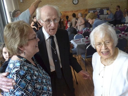 70th-wedding-anniversary-at-church